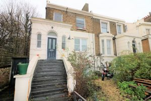Stock Orchard Crescent N7
